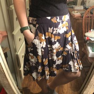 Old Navy Floral Skirt with Pockets